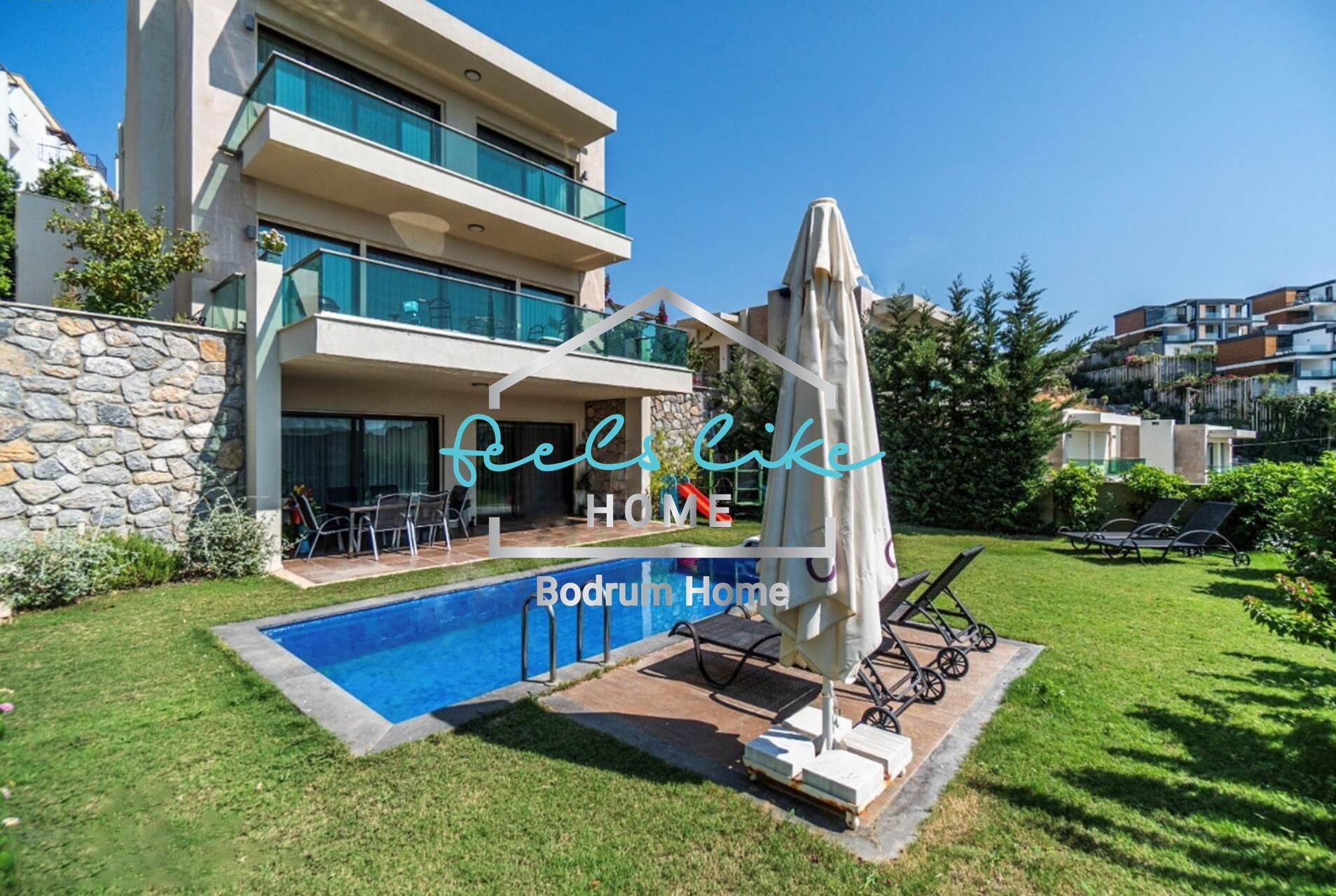 Satilik Lüks deniz manzaralı özel havuzlu Sıfır 5+2 Tripleks Villa
